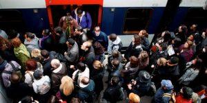 Mouvement de grève massif dans un RER près de l'asphyxie