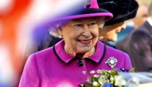 Job de rêve : qui veut devenir le community manager de la reine d'Angleterre ?