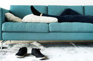 Pour ou contre la sieste au bureau ?