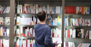 Hachette-Éditis: big-bang pour l'édition, casse-tête pour Vincent Bolloré